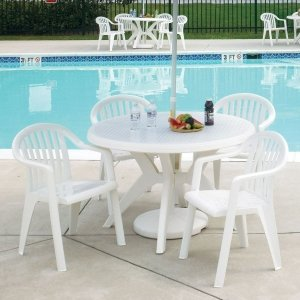 mesas de plástico - piscina